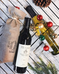 TIS THE SEASON RED AND WHITE 2 BOTTLE GIFT PACK